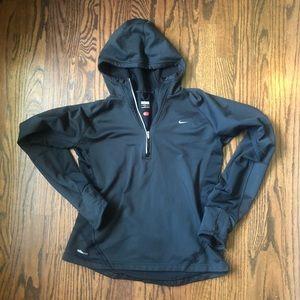 Nike Women FitDry Size M Black Hooded Sweater